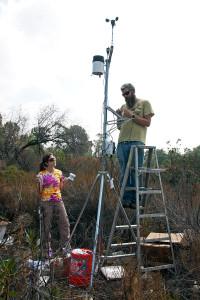 Prof. Lelia Hawkins (HMC Chemistry) and BFS Director Marty Meyer installing the temperature and humidity sensor. Nancy Hamlett.